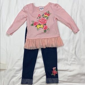 2T flower matching top and bottom
